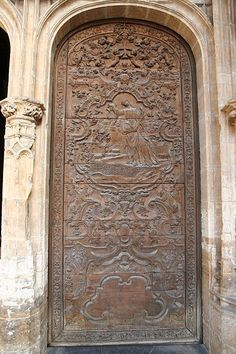Doors of Spain | Lateral door, Cathedral of Oviedo, Spain | Lugares que he visitado