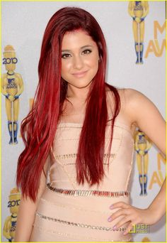 Ariana Grande: I WANT HER HAIR COLOR!!!!!