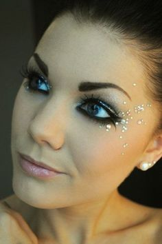 I take care of my skin with Rodan & Fields so my make-up looks great. Check out beautiful eye-makeup from Linda Hallberg Beauty Make-up, Beauty Hacks, Hair Beauty, Make Up Looks, Prom Makeup, Wedding Makeup, Dance Makeup, Masquerade Makeup, Burlesque Makeup