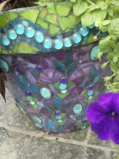 Cheryl's mosaic flower pot - amazing!