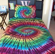 Tie Dye Sheet Set – Connor will have a set of these one day! Diy Tie Dye Bed Sheets, Diy Tie Dye Bedding, Hippy Bedroom, Tie Dye Crafts, How To Tie Dye, Tie Dye Patterns, Tie Dye T Shirts, Tye Dye, My Room