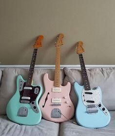 18 Great Bass Guitar Practice Amp Bass Guitar For Dummies Guitar Hero, Guitar Kits, Easy Guitar, Music Guitar, Cool Guitar, Playing Guitar, Acoustic Guitar, Guitar Amp, Fender Jaguar