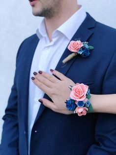 Excited to share this item from my #etsy shop: Peach coral and navy blue boutonniere. Wedding boutonniere. Coral buttonhole. Coral corsage boutonniere set. Blue Corsage, Prom Corsage And Boutonniere, Bridal Bouquet Blue, Bridesmaid Corsage, Wedding Bouquets, Wedding Boutonniere, Corsages, Bridesmaids, Wedding Wristlets
