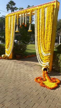 Indian Wedding Theme, Desi Wedding Decor, Wedding Hall Decorations, Marriage Decoration, Wedding Entrance, Wedding Mandap, Backdrop Decorations, Gate Decoration, Entrance Decor