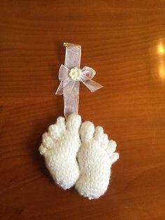 Hand Knitted Baby Feet Pram Charm/Baby Shower Gift/Baby Gift Knitted Baby, Baby Knitting, Baby Shower Gifts, Baby Gifts, Pram Charms, Christening Gifts, Baby Feet, Baby Shoes, Charmed