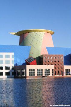 Great Buildings Image by Arata Isozaki - Team Disney Building