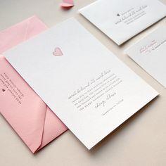 Sugestão de convite ♥ - Texto em baixo relevo