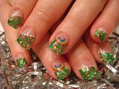 Patricks Day nails by Amy Blair. Red Nails, Hair And Nails, Glitter Toes, St Patricks Day Nails, Nail Tips, Nail Ideas, Toe Polish, Nail Art Diy, Short Nails