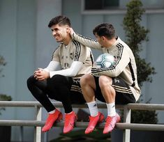Real Madrid Players, Isco, Adidas Sneakers, Soccer, Casual, Ali, Fashion, Girls, Naruto Characters