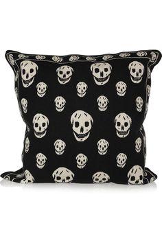 ALEXANDER MCQUEEN  Skull tapestry cushion