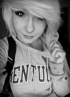 I want my hair just like this! ♡ so wish i could rock short hair like this!