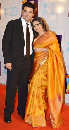 Vidya Spotted at Zee Cine Awards 2013 with Her Hubby Siddharth....