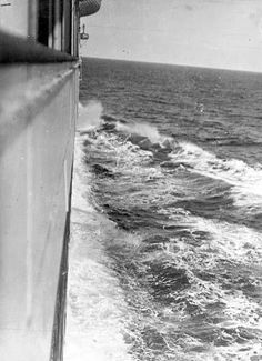 A photo taken by Father Francis Browne looking forward along the Titanic's side towards the bow.