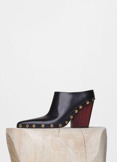 Boxy Flat Padded Band Sandal in Shiny Kidskin - C¨¦line | Want ...