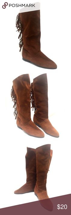 """Suede Fringe Boots Brown Studded Midcalf Flat Brown Suede Back Fringe & Studded Boots.       Size 6 B     Midcalf     .5"""" / 1.27 cm Heel     3"""" / 7.62 cm Width at widest part of sole outside     9"""" / 22.86 Length From Toe To Heel (outside)     14"""" / 35.56 Shaft - Top of Boot To Floor     14 3/4"""" / 37.465 cm  Circumference at Widest Point  Boots can also be folded over for a cuffed look.  Looks great with skinny jeans or leggings Unbranded Shoes Flats & Loafers"""