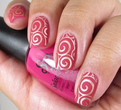 Stamping nail art using Mash 40 plate over a base of Salon Perfect: Plum Sorbet, used Essie: Good as Gold for stamping. Matte topcoat.  ♡ this look and color combo!  Swirl pattern.