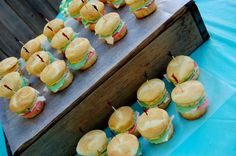Sweet Kiwi cupcakes