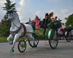 #Disneyland #Paris #Parijs #Castle #Kasteel #Prinses #Prince #Wonderland #Fun #Fantasy #Horse #Paard #Koets #Cuple #Disney