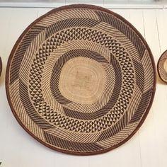 African Design, Decoration, Decorative Plates, Tableware, Home Decor, World Crafts, Ethnic, Decor, Dinnerware