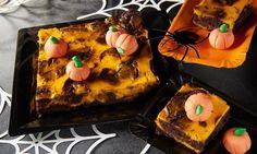 Saftiger Schokoladenkuchen mit Kürbis für Halloween