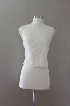 White Lace Cropped Blouse  1950s Sleeveless by SalvatoCollection, $38.40