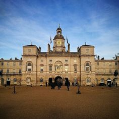 The most beautiful day in #London - it's so easy to forget that your own city is full of wonderful buildings like this - Horse Guards. A large Grade I listed historical building in the Palladian style  I walked along the Mall then down through St James's Park to find Horse Guards on my way to IMMM.  The first Horse Guards building was built on the site of the former tiltyard of Westminster Palace during 1664 and was demolished during 1749. The current building was built between 1750 and 1753…