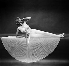 Vanity Fair 1953 Photography by Mark Shaw | Who Designed It?