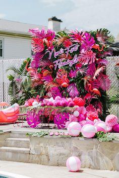 Aloha Party, Luau Party, Diy Party, Flamingo Birthday, Flamingo Party, Adoption Party, Birthday Party Decorations, Party Decoration Ideas, Hawaii Party Decorations