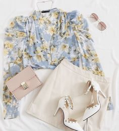 casual summer outfits for women Classy Work Outfits, Casual Summer Outfits For Women, Summer Dress Outfits, Spring Outfits, Casual Outfits, Cute Outfits, Kpop Fashion Outfits, Girls Fashion Clothes, Girl Fashion
