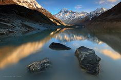 Mt Cook on the Hooker Glacier Lake, New Zealand. Join Guide to New Zealand for more :) Glacier Lake, Travel Tickets, Take Better Photos, Cool Landscapes, Nature Images, Plein Air, Landscape Photographers, Amazing Nature, Wonderful Places