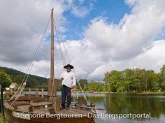 """Der Schiffer der """"Gabare"""" auf der Dordogne in Belieu-Sur-Dordogne, Région Limousin, Frankreich - Foto: Mario Hübner"""