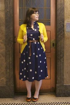 Fashionista: Gorgeous Dress and Yellow Jacket