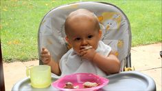 Baby led weaning in Afrikaans - For all our Afrikaans speaking followers! Aangepaste babageleide spening.