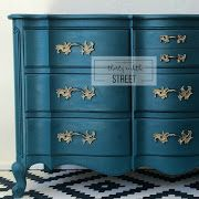Easy And Quick Techniques To Layer Chalk Paint® Onto Furniture. Learn How To Layer Paint To Give Your Furniture A Weathered Or Patina Look.