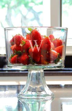 Personalized Trifle Dessert Bowl http://rstyle.me/n/kambhnyg6