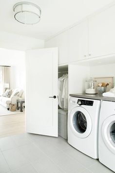 I like the idea of the closet and the laundry room being one and the same.