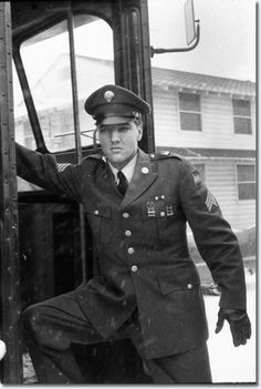 Elvis army discharge Fort Dix New Jersey March 3, 1960