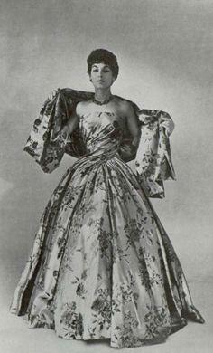 1954-55 Dior dress ''Compiègne''