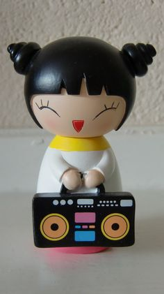 Momiji Doll Party Girl