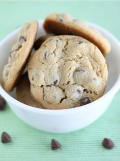 Vanilla Pudding Chocolate Chip Cookie Recipe on twopeasandtheirpo... Super soft chocolate chip cookies! Everyone LOVES this recipe!