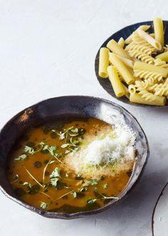 Riisi-linssikeitto (minestra) | Kuukausiliitteen ruokamatka | HS