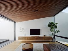 Japanese Surfer Built A Beautifully Minimal Home In Kanagawa - Airows Architecture Du Japon, Architecture Wallpaper, Interior Architecture, Interior And Exterior, Interior Design, Japanese Architecture, Minimal Home, Home And Living, Living Spaces
