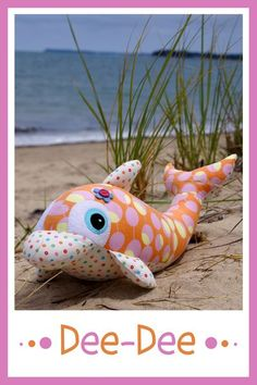 DEE - DEE DOLPHIN MELLY & ME SOFT TOY PATTERN SEWING CRAFT