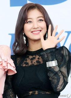 "♡ jihyo on soribada best k-music awards blue carpet "" Kpop Girl Groups, Korean Girl Groups, Kpop Girls, Nayeon, Park Ji Soo, Jihyo Twice, Twice Once, Twice Kpop, Dahyun"