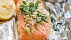 Honey Salmon - Que Rica Vida Salmon Recipes, Seafood Recipes, Cooking Recipes, Healthy Recipes, Paleo Honey, Honey Salmon, Special Recipes, Love Food, Easy Meals
