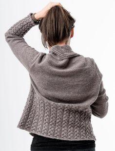 Nala Cardi Knitting pattern by - Strickideen - Christmas Knitting Patterns, Sweater Knitting Patterns, Cardigan Pattern, Knitting Ideas, Gilet Crochet, Knit Crochet, Arm Knitting, Knitting Stitches, Lang Yarns