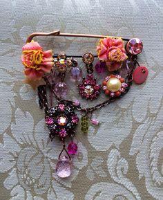 Swarovski Crystal Spring Time Princess Kilt Pin Charm Brooch