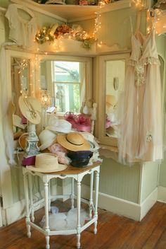 Aiken House & Gardens: Most Romantic Tea Room Ever! Having a table filled with hats is a great idea for a Teen Tea party! Great conversation starter for a TeaCup Living memory. Estilo Shabby Chic, Shabby Chic Style, Shabby Chic Decor, Tea Room Decor, Wall Decor, Vintage Tea Rooms, Victorian Tea Party, Shabby Chic Homes, Cottage Chic