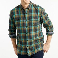 Discover latest mens Radiant Green Checkered Flannel Shirts only at Flannel Clothing, renowned mens flannel shirts manufacturer and supplier in USA. Place a bulk order today. Best Flannel Shirts, Flannel Outfits, Mens Flannel Shirt, Flannel Clothing, Wholesale Clothing, Men Casual, Till Tomorrow, Bulk Order, Mens Tops