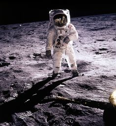 1969 July 20, Apollo 11 was the spaceflight which landed the ...